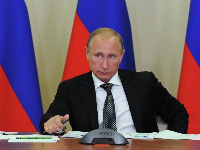 Путин подписал ряд поручений
